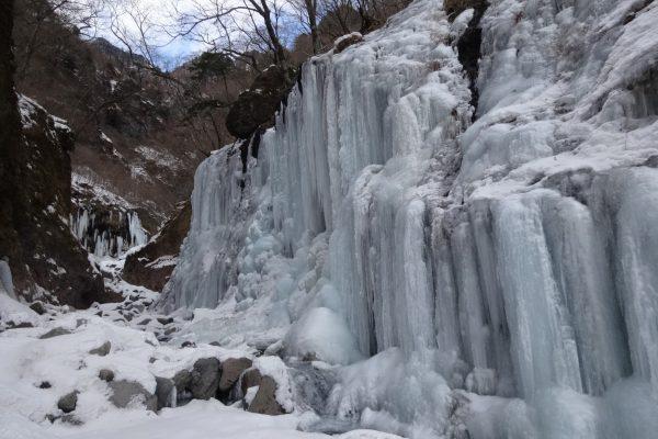 雪山登山ならではの絶景 樹氷/霧氷/大雪原/雪見風呂/氷瀑など